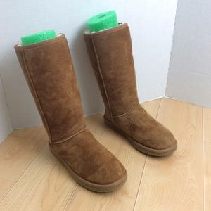 Ugg Australia Classic Tall Suede Shearling Boots 7